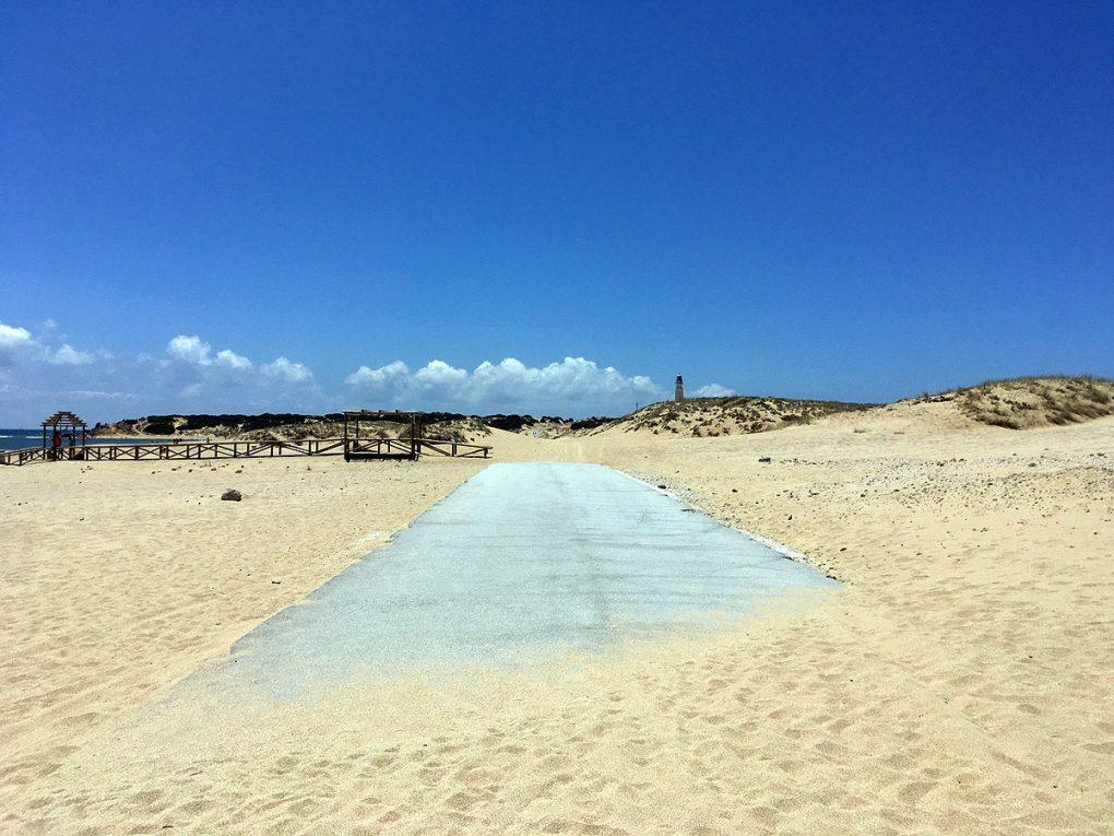 9. Sus și jos, pe Costa de la Luz