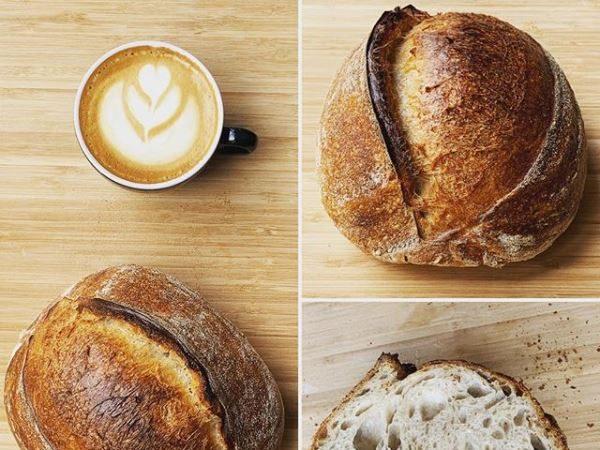 Pâine crescută din apa fermentată de căpșune (home baking)