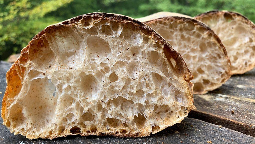 Pâinea mea leneșă (Lazy Bread). Cea mai simplă pâine alveolată.